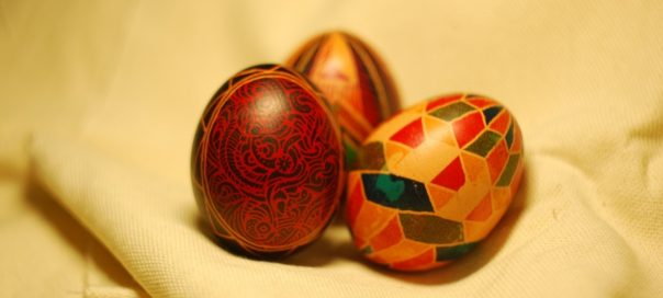 Painted-Easter-Eggs-604x272