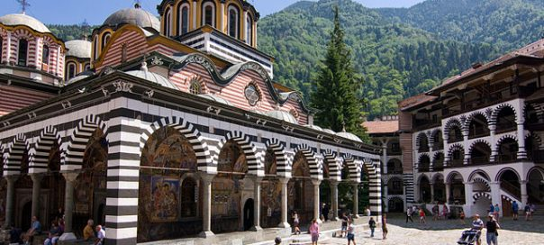 Rila_Monastery-photo-Raggatt2000-604x272