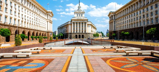 an-architectural-ensemble-of-three-socialist-classicism-edifices-in-central-sofia-1450881544-g8vg